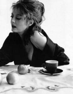 susan sarandon tomando cafe