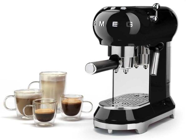 Las mejores cafeteras espresso manuales de 2018:Smeg ECF01