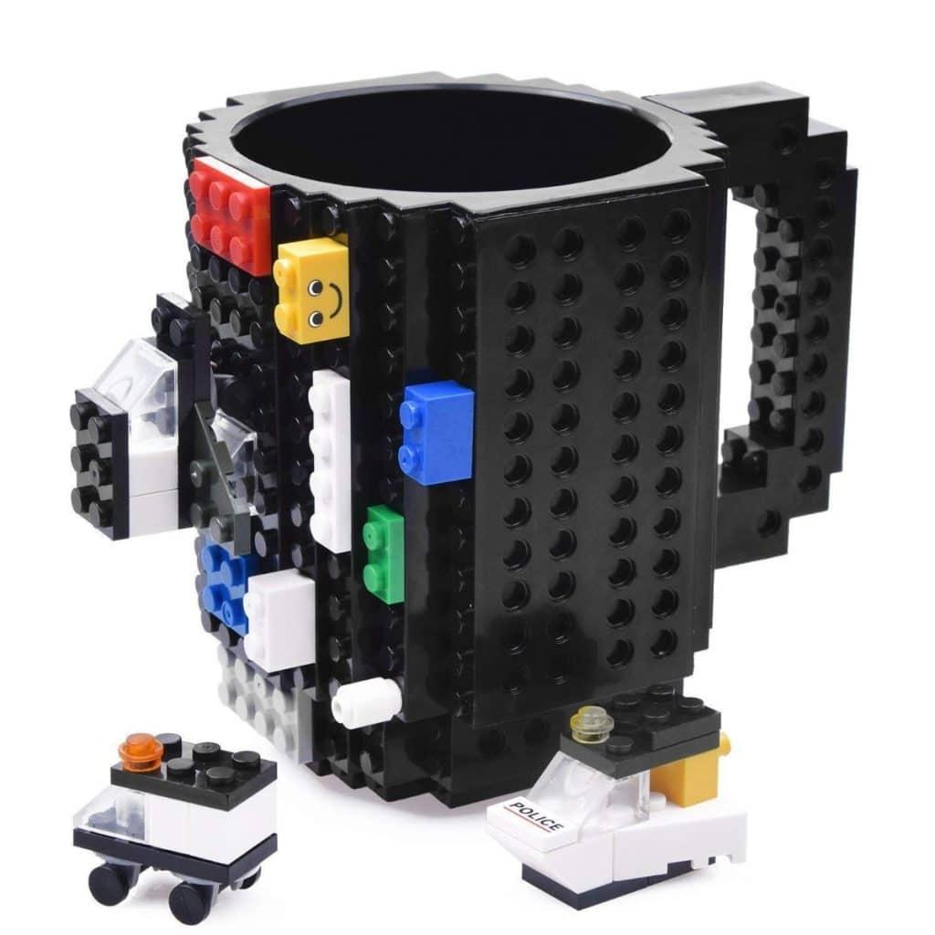 Taza estilo LEGO de Kyonne